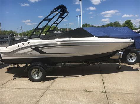 ski boats for sale missouri chaparral new and used boats for sale in missouri