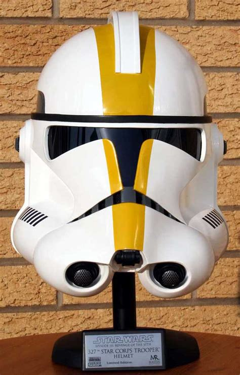 How To Make A Clone Trooper Helmet Out Of Paper - master replicas clone trooper helmets