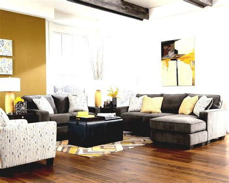 what colour curtains go with brown sofa and walls what color curtains go with gray walls and brown