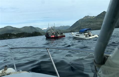 sinking boat sound video six rescued from sinking pleasure boat in sitka