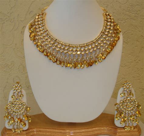 jewelry design of punjab ladies designer gold necklace set in nr obc bank patiala