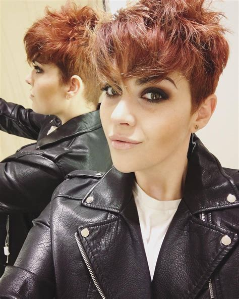 the warm breath of an electric pixie a us road trip fuelled by tea books 27 pixie cuts to copy in 2018 hairstyle guru