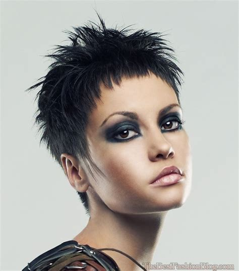 wemon hair style in2015 in a shortcut shaggy pixie haircuts for women 2018