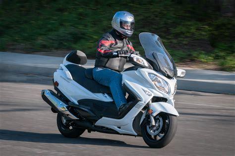 suzuki riding suzuki burgman 650 abs md ride review 171 motorcycledaily