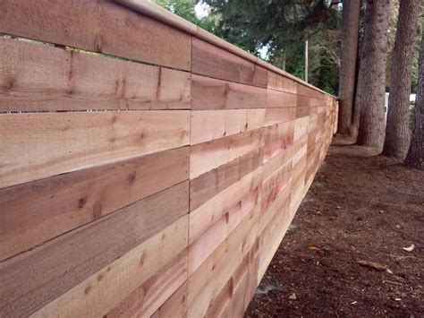 horizontal fence 17 best images about horizontal cedar fencing on