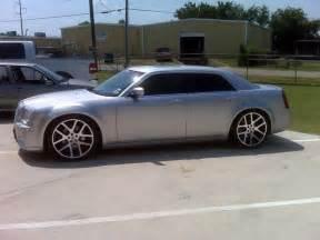 Chrysler 300 Srt8 Tires Viper Wheel Pics Chrysler 300 Forum