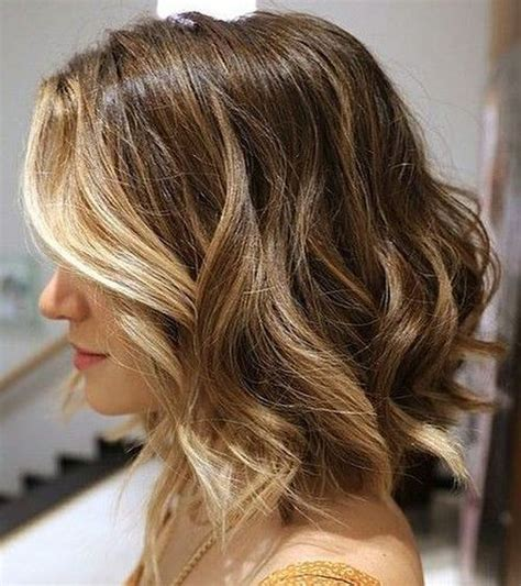 curly face framed hairstyles 20 medium curly hairstyles for every occasion