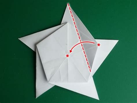 Origami 5 Pointed - folding 5 pointed origami ornaments