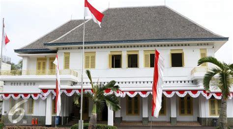 Mohammad Hatta Hati Nurani Bangsa maeda quot membantu quot indonesia merdeka tapi hidup sengsara