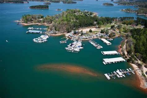lake keowee boat tours great destination from greenville clemson seneca for