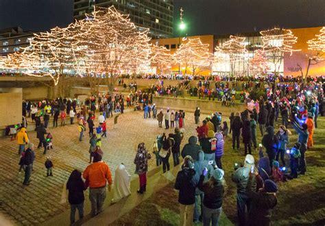 omaha christmas lights downtown downtown omaha aglow for holiday lights festival omaha