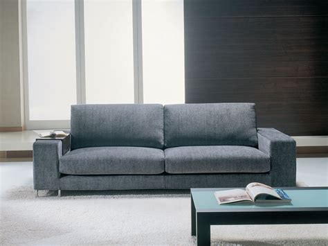 Sofa with removable fabric, clean design, for office