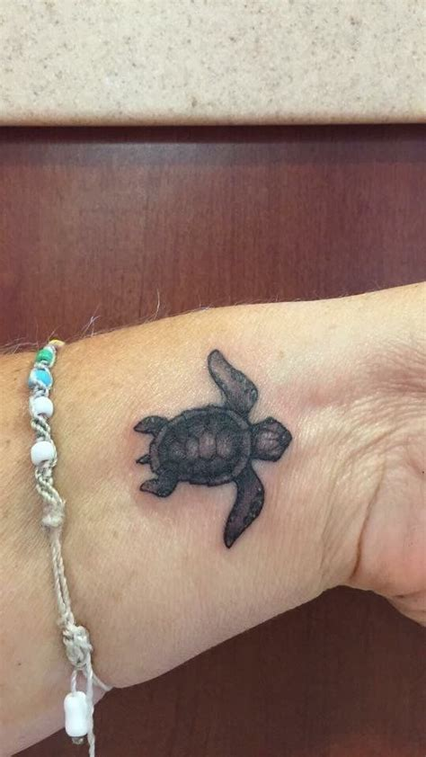 turtle tattoos on wrist 25 best ideas about turtle tattoos on sea