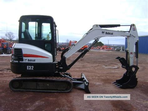 Ac Excavator 2010 bobcat e32 mini excavator cab w heat and ac only 935 hours