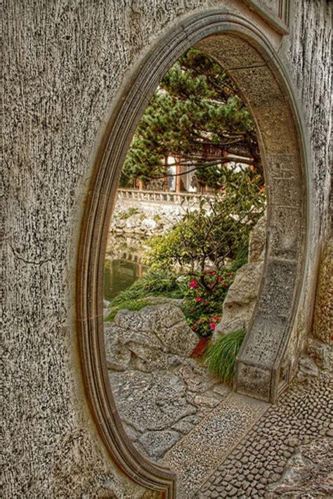 gabionen für kleine steine bepflanzung zaun idee