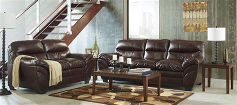 mahogany living room furniture tassler durablend mahogany living room set from