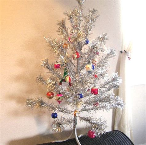 vintage sparkler aluminum silver christmas tree four feet tall