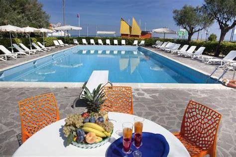 hotel residenza giardino giardino picture of hotel residenza giardino bellaria