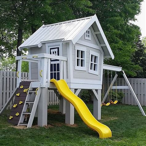 best playhouse 25 best ideas about playhouse outdoor on