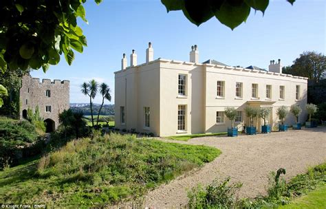 Prince Charles Cornish Manor House With Its Own Keep Is Yours For 163 850k Daily Mail