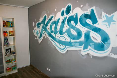 graffiti d 233 coration turquoise dans la chambre du petit ka 239 ss