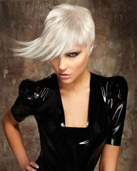 haircut that hair all comes towards your face 58 best completion hair styles images on pinterest short