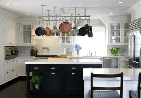 Black and White Kitchen   Transitional   kitchen   Nathan Egan