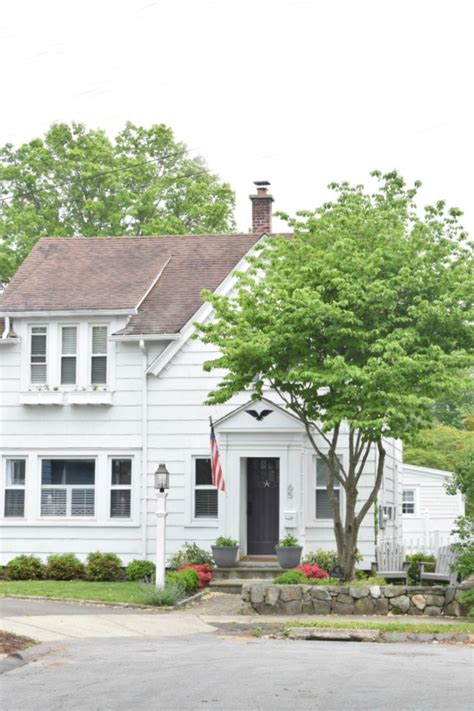 shutters on side of house shutters on side of house 28 images white colonial house traditional exterior