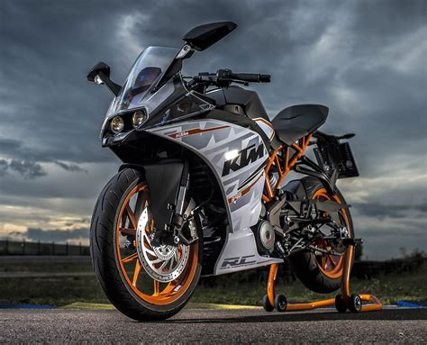 Pictures Of Ktm Ktm Rc 390 List Of Pros Cons