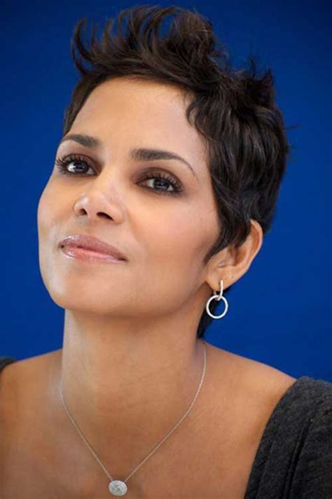 how to achieve disheveled pixie halle berry short hair wigs hairstylegalleries com