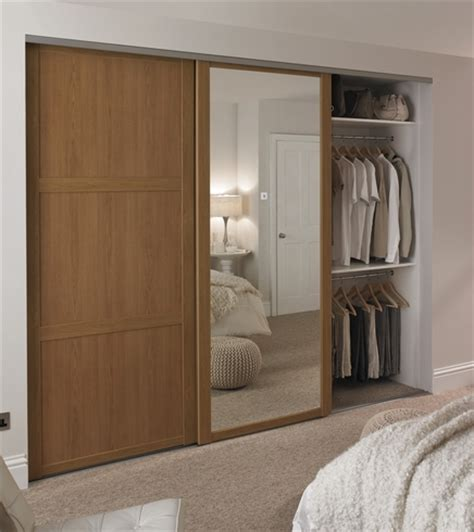 howdens bedroom furniture oak shaker panel mirror door sliding wardrobe doors