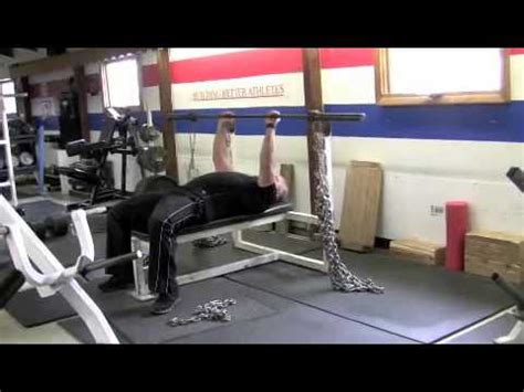 how to set up bench press how to properly set up bands and chains for bench pressing