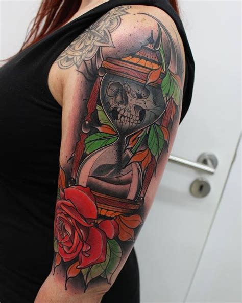 traditional hourglass tattoo 78 best images about hourglass tattoos on