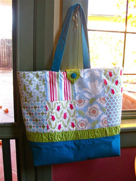 charm pack tote bag tutorial sewn up