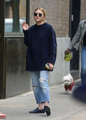 Olsens Are In Town by Out In New York City 04 Gotceleb