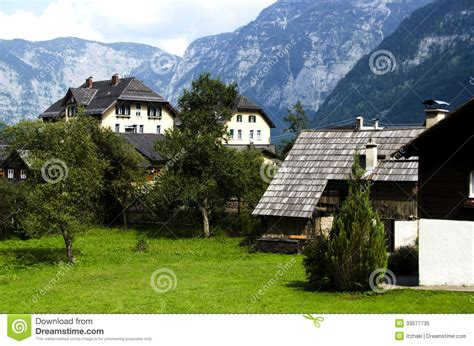 Small Traditional House Design In Tirol Austria image gallery houses in the alps