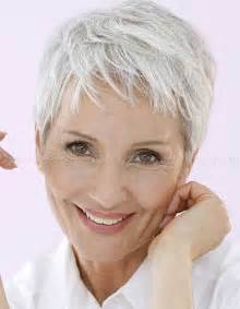 30 superb short hairstyles for women over 40 short pixie