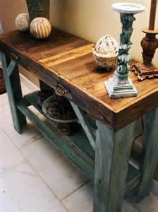 Entryway Table make out from Rustic Pallet   Pallets Designs