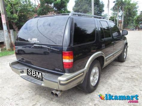 Jual Lu Opel Blazer jual opel blazer dohc lt tahun 1999 warna hitam mobil