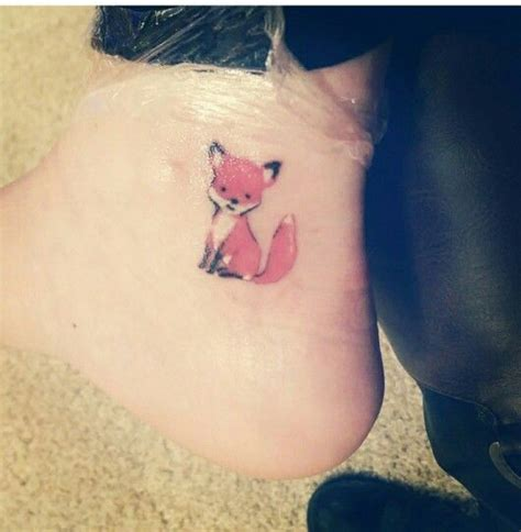 small fox tattoo 25 best small fox ideas on mosaic