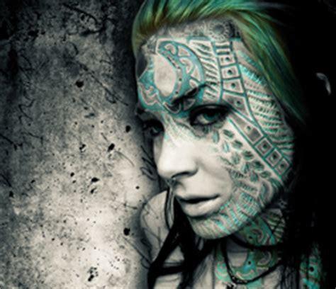 emo girl tattoo wallpaper free emo wallpapers cool grunge desktop wallpapers best