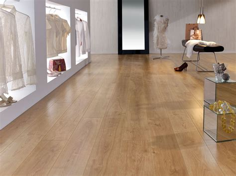 lade a pavimento retro oak 12mm laminate flooring finsa home