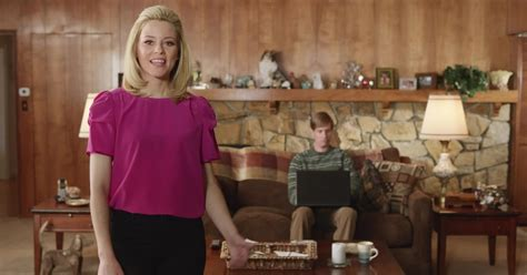 actress in commercial for realtor com exclusive elizabeth banks gets real about real estate in