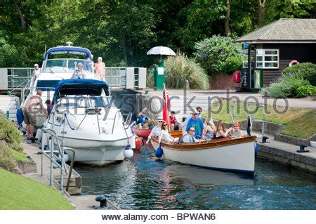 thames river activities summer activities and passing through marlow lock on the