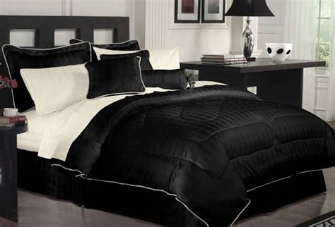 black bedroom comforter sets high contrast bedroom decorating with modern bedding sets