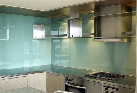 glass backsplash for kitchen for luxurious decor