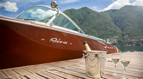 wooden boat rental como classic boats wooden classic boats rental on lake como