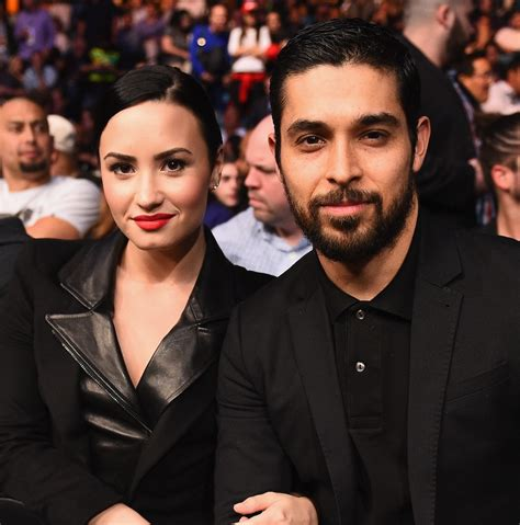 Is Demi Or Isnt Demi by Demi Lovato Reveals She Isn T Engaged To Boyfriend Wilmer