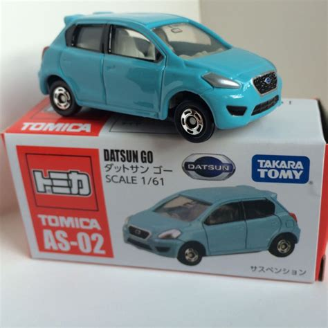 Tomica Datsun Go tomica as 01 datsun go car die cast and wheels