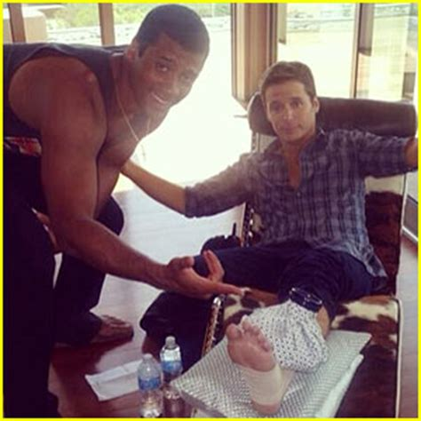 Nicky To Kevin Connolly Youre Out Of My Entourage by Kevin Connolly Breaks His Leg On Entourage Set